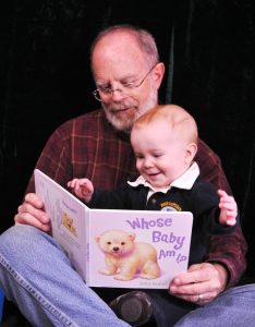 Reader-Bob-Miles-and-child-799x1024
